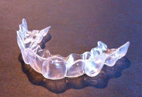 隱形牙套材質